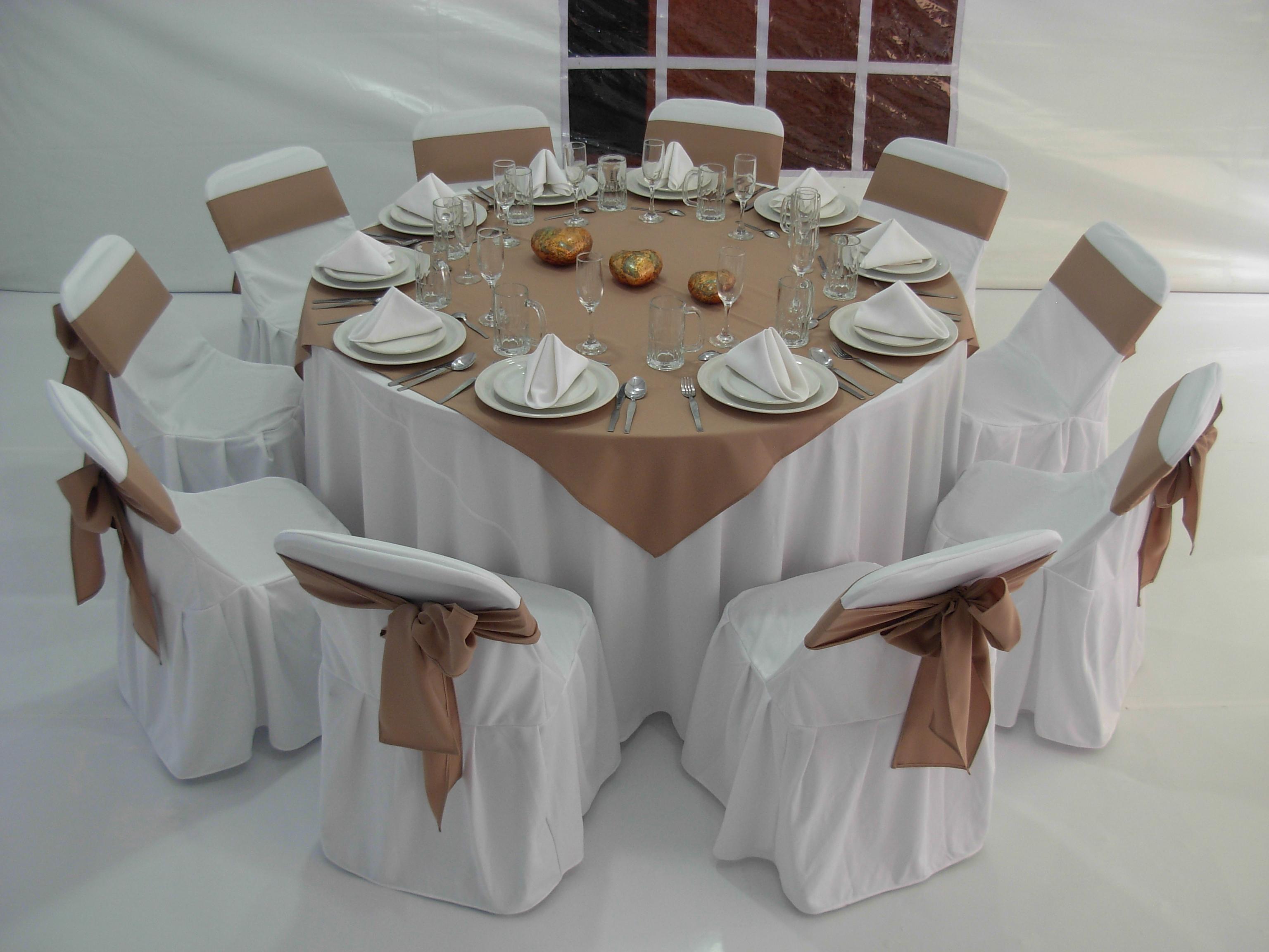 Promociones alquiladora gaona for Cubre sillas para 15 anos